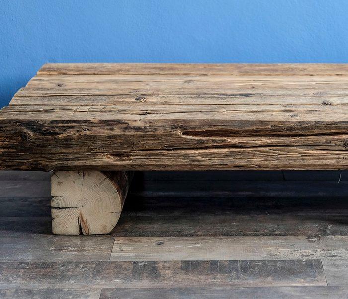 Stolik Kawowy Ze Starego Drewna Z Belek